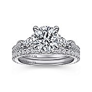 Collin 18k White Gold Round 3 Stones Engagement Ring