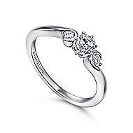 Meadow 14k White Gold Round 3 Stones Engagement Ring angle 3