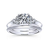Nymeria 14k White Gold Round 3 Stones Engagement Ring angle 4